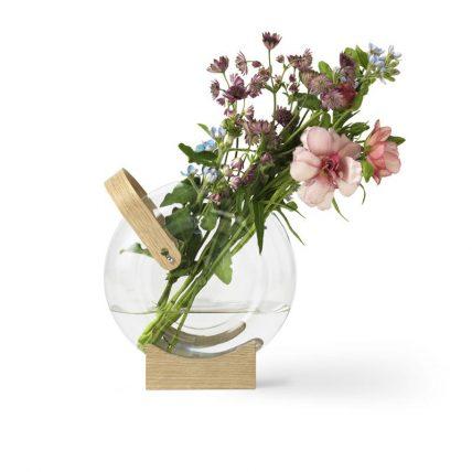 Mater vase by Eva Harlou